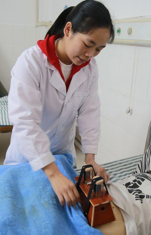 北流市人民医院喜讯----妇科新增雷火灸项目
